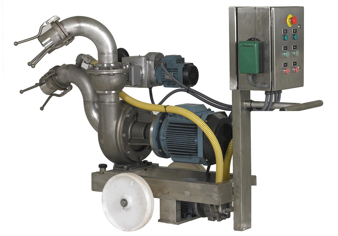 Pompa per l'estrazione e trasporto delle olive di fermentatori sotterranei. Attrazzatura semplificata